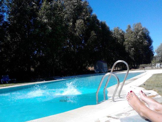 Hotel Maestranza: Supuesta piscina a 4km