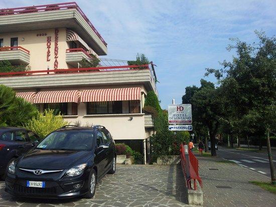 Hotel Desenzano: L'esterno