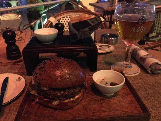 Belgian Beer Cafe Dubai Festival City : Belgian Cafe Burger