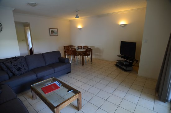 Central Plaza Port Douglas: View of family room