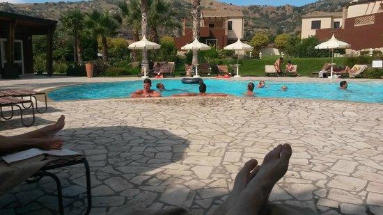 Alcantara Resort : Excellent resort with very nice freeform pool