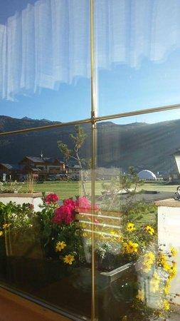 Hotel Garni Roberta: Colazione con vista panoramica!