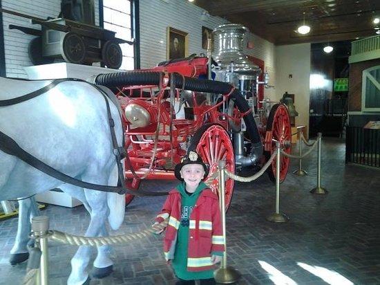 Fire Museum of Memphis : Antique trucks