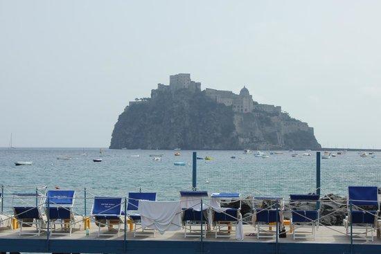 Grand Hotel Punta Molino Beach Resort & SPA: Part of the beach area