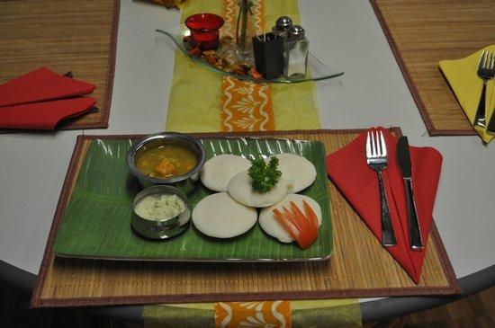 Shanthi: Iddli