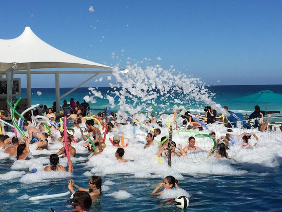 Hard Rock Hotel Cancun Foam Party October 2017
