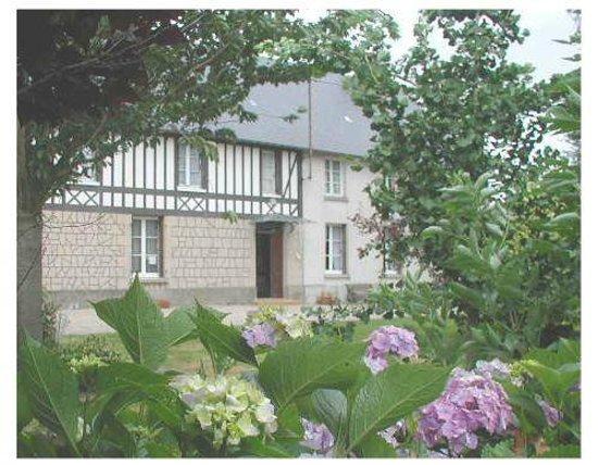 Chambre d 39 hote a la ferme clatot bermonville frankrike for Chambre d hote a la ferme
