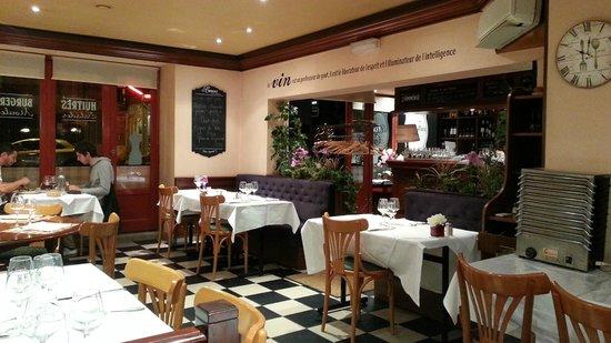 Taverne Du Commerce: sala interna