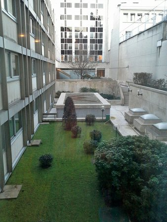 Warwick Paris: View from the room