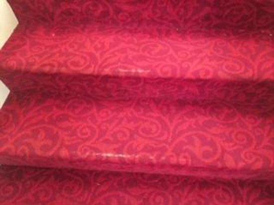 Detroit Marriott Southfield : Stairs in main lobby