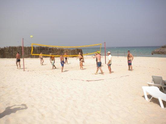 Amir Palace Hotel: beach volleyball