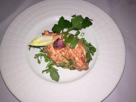 L'Aromate : Entremets de tomates confites et chèvre frais