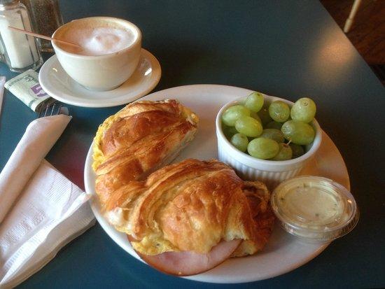 La Baguette French Bistro: Breakfast Croissant & Cappuccino