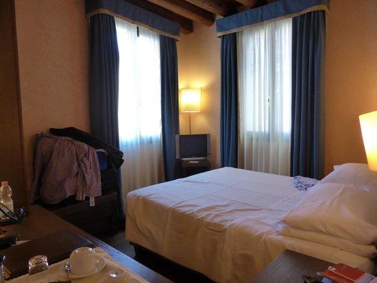 Palazzo Selvadego: Tiny room