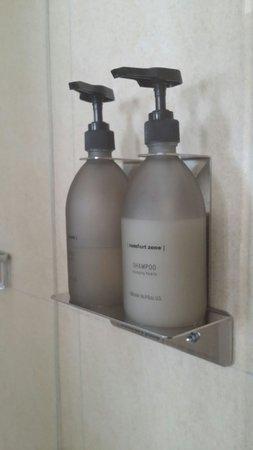 Park Hotel Tyrrenian: Kit da doccia, bagnoschiuma e shampoo