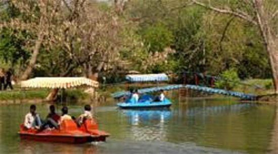 Bathinda, Индия: Boating at Chetak Park