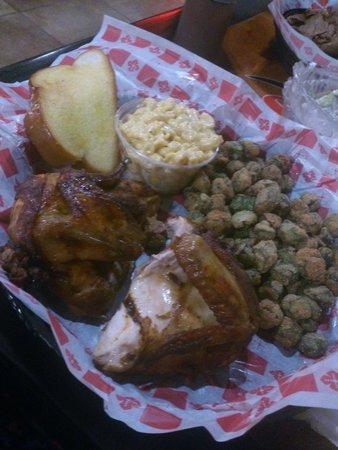 Smok'n Pig B-B-Q: Smoked Chicken, Mac N Cheese and Fried Okra!