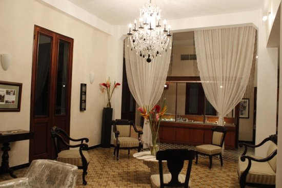Da House Hotel: One of the hotel common areas.