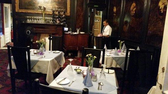 Gordon House Hotel : Restaurant view