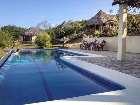 Las Plumerias Lodge and Surf: Around the Pool