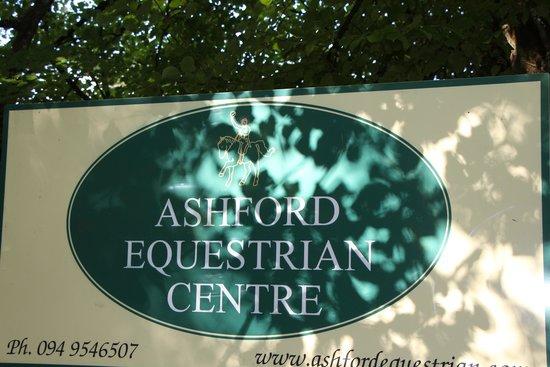 Ashford Equestrian Centre: sign