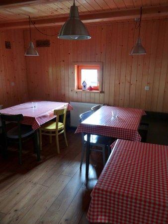 Rustic-House 13: Cuisine