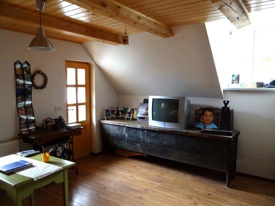 Rustic-House 13: Salon
