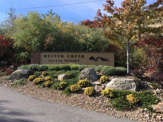 Hester Creek Estate Winery : Entrance