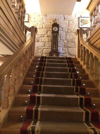 Pazo Los Escudos Hotel and Spa: Escalera al restaurante