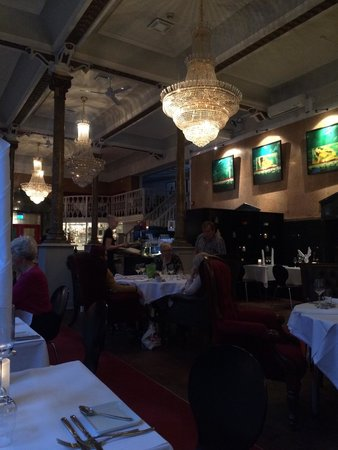 Bolgen & Moi: Dining room.