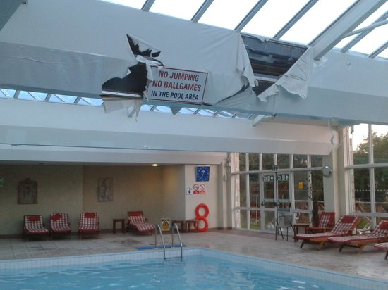 Dirty Unsafe Pool Area Picture Of La Trelade Country House Hotel St Martins Tripadvisor