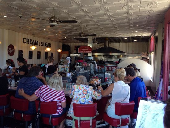 Clayton's Coffee Shop : Inside the diner