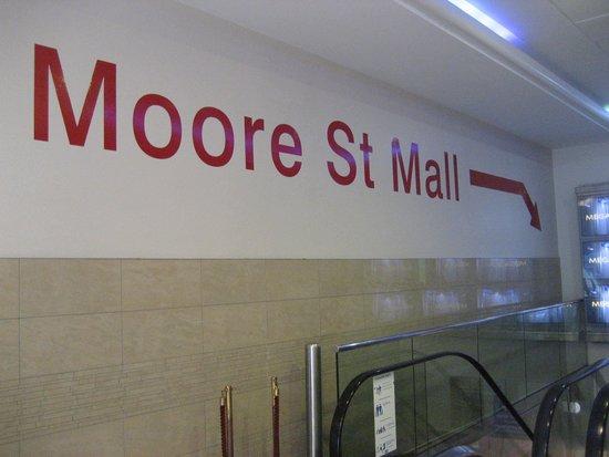 Moore Street Mall