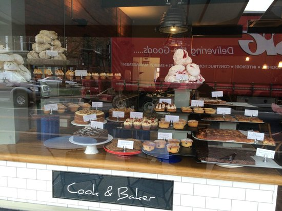 Cook and Baker: cake selection