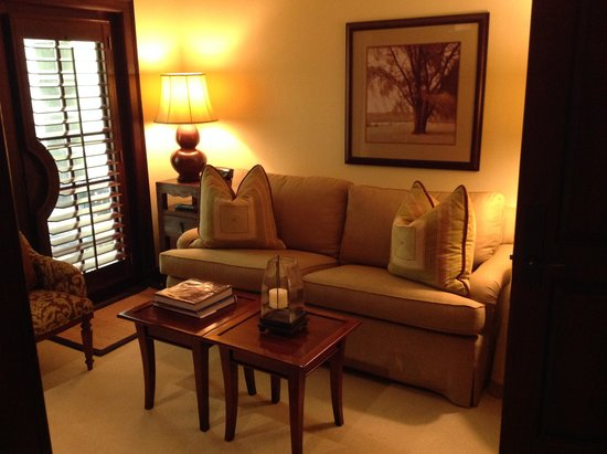 The Brazilian Court Hotel : Den of Hayworth Suite