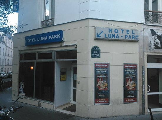 Ingresso Picture Of Luna Park Hotel Paris Tripadvisor