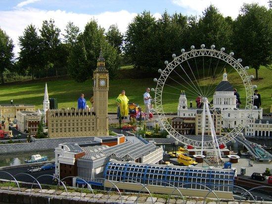 Legoland Windsor The London Eye - Picture of Legoland Windsor Resort ...