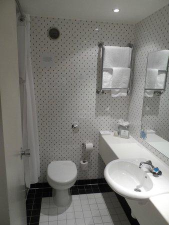 Holiday Inn Southampton - Eastleigh M3,jct13: Bathroom