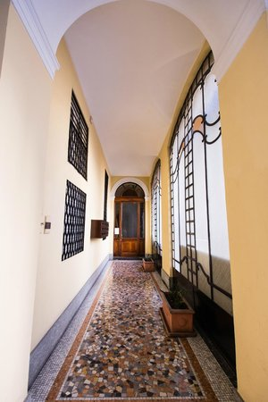 B&B Meucci : Palazzo