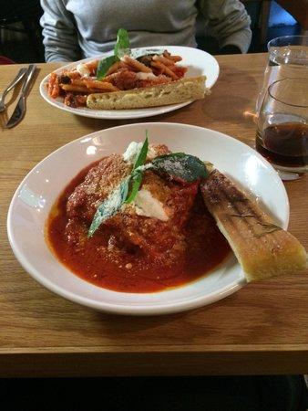 La Locanda Italian Bistro Edinburgh: Homemade Angus beef lasagne and homemade puttanesca