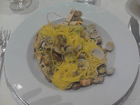 BEST WESTERN David Palace Hotel: Campofiloni con vongole e gamberi