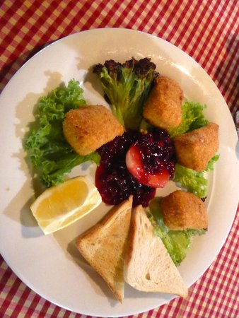 Jagdhütte: camembert fritto