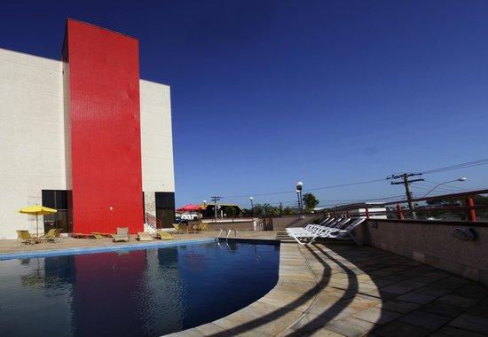Hotel Dan Inn Anhanguera: Piscina