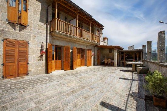 Casa da Solaina: Solaina, patio y barbacoa