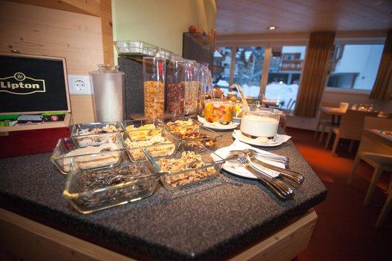 Collina - Hotel & More: Breakfast