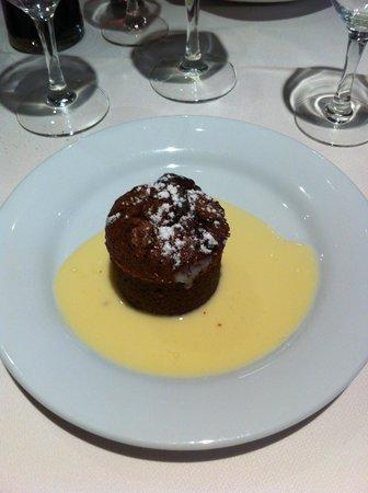 Marc Destrade : le moelleux au chocolat et sa crème anglaise
