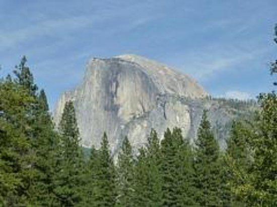 Half dome picture of yosemite valley lodge yosemite for Yosemite valley cabins