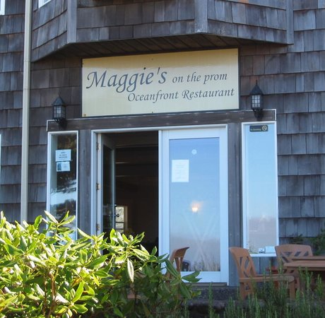 Maggie's on the Prom : Maggie's entrance from The Prom