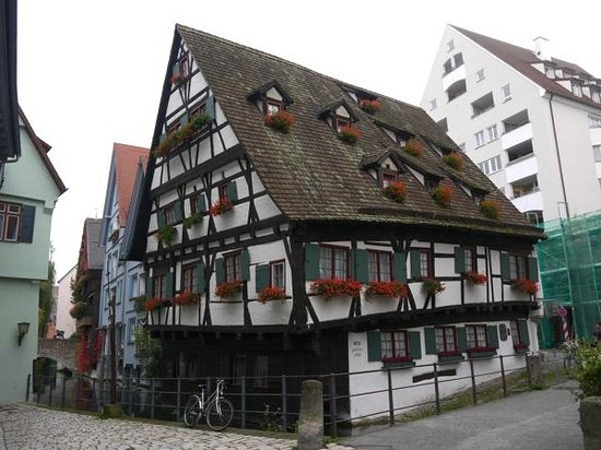 das schiefe haus picture of hotel schiefes haus ulm ulm tripadvisor. Black Bedroom Furniture Sets. Home Design Ideas