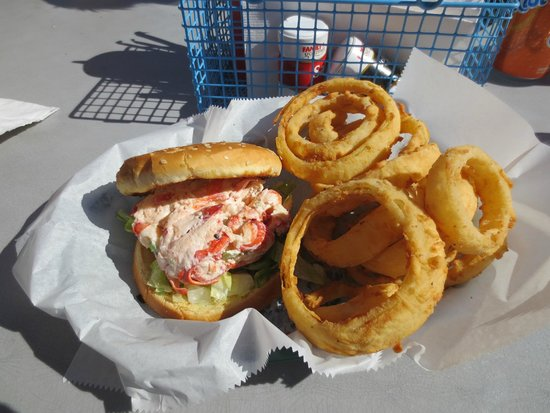 Lobster Quest: Lobster Roll